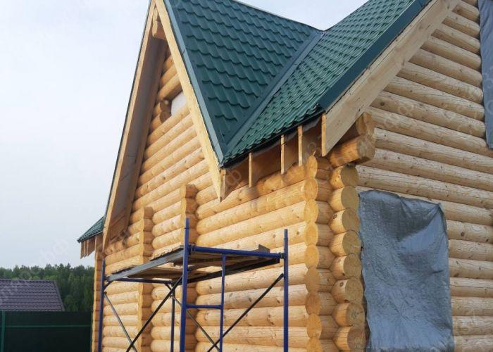 Баня-дом в пос. Солнечный. Крыша закрыта металлочерепицей